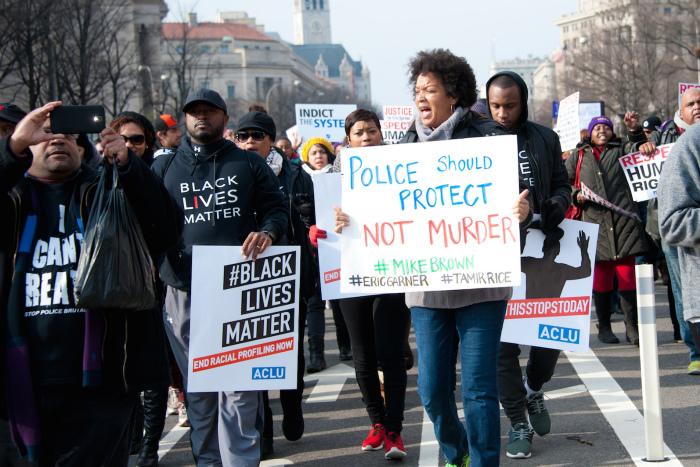 ワシントンで行われた抗議デモ