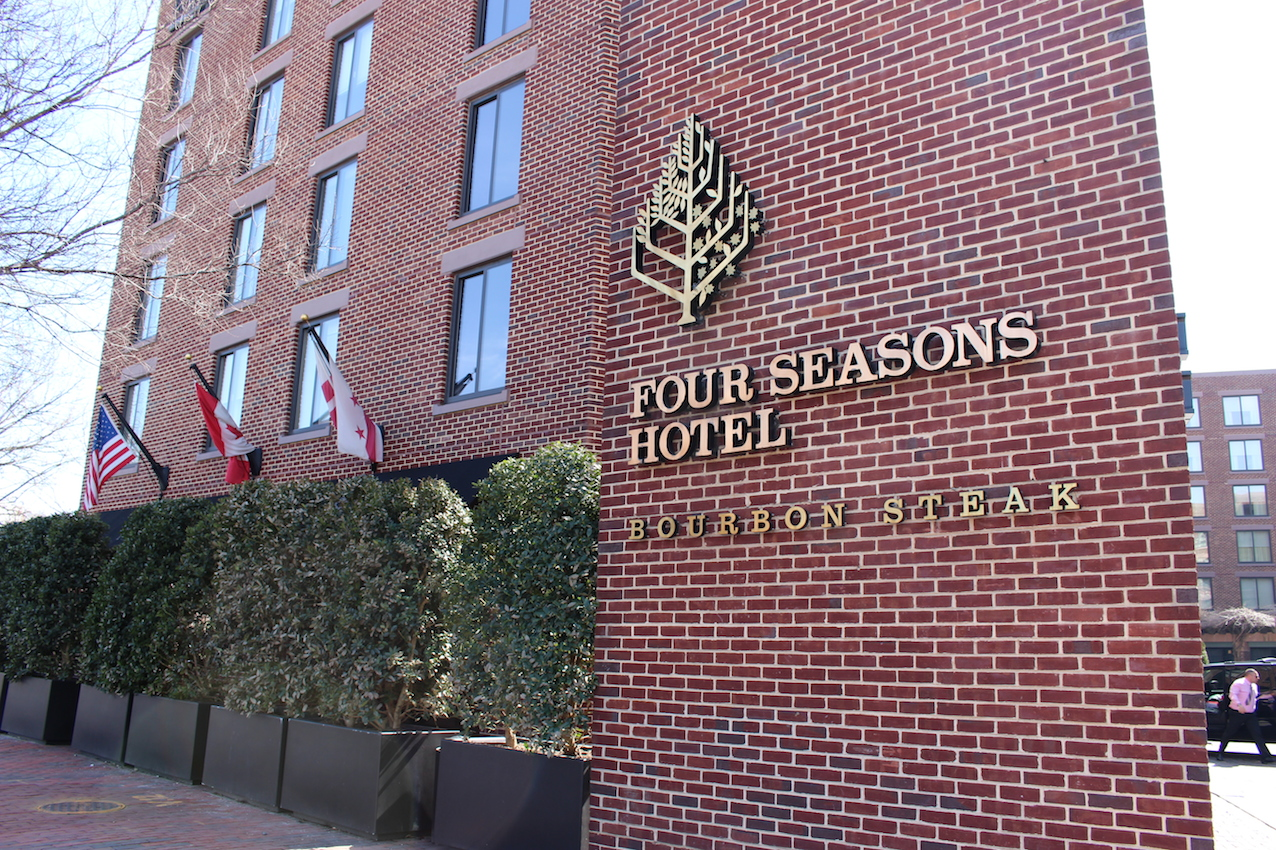 Four Seasons Hotel外観