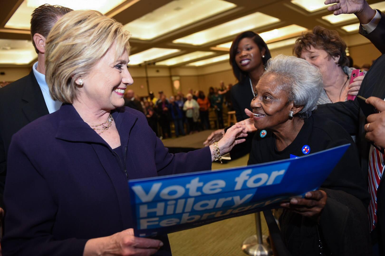 ヒラリークリントン、サウスカロライナで圧勝