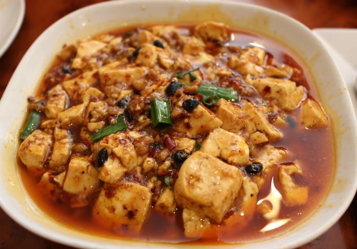 名物の麻婆豆腐