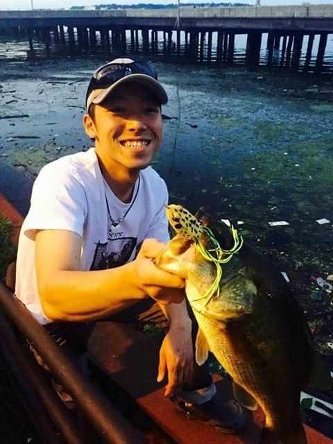 ポトマック川での魚釣り